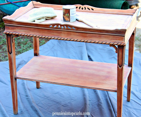 3 Tips On How To Stain Wood Furniture